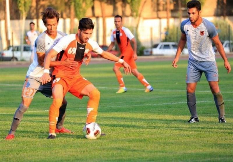 لیگ دسته اول فوتبال، شکست سنگین صدرنشین در رفسنجان، ملوان در آخرین دقایق بازی به پیروزی رسید