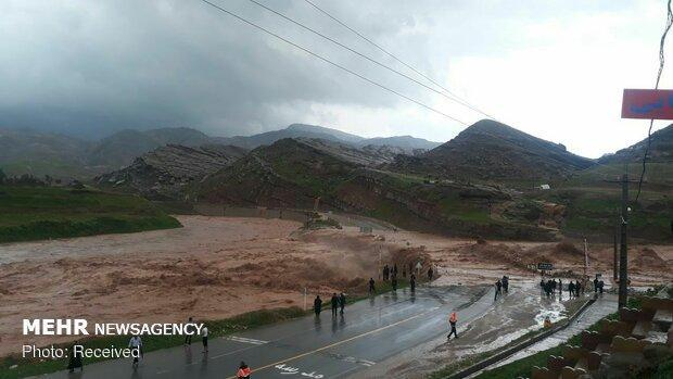 کنار رودخانه های استان تهران توقف نکنید، احتمال وقوع سیلاب
