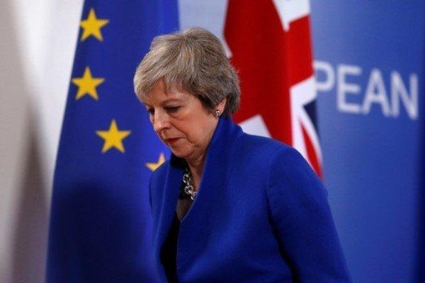 تهدید وزرای کابینه انگلیس به استعفای دسته جمعی