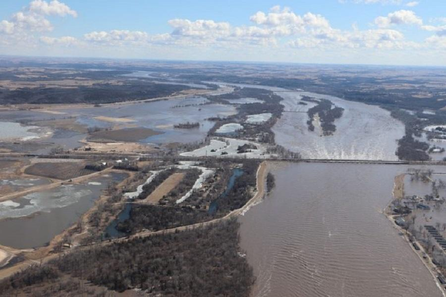 سیل و طوفان سالانه 54 میلیارد دلار به آمریکا خسارت می زند