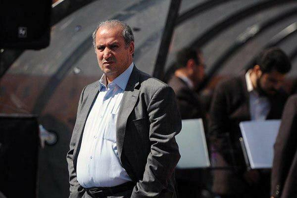 تاج در تمرین تیم فوتبال جوانان ایران حاضر شد