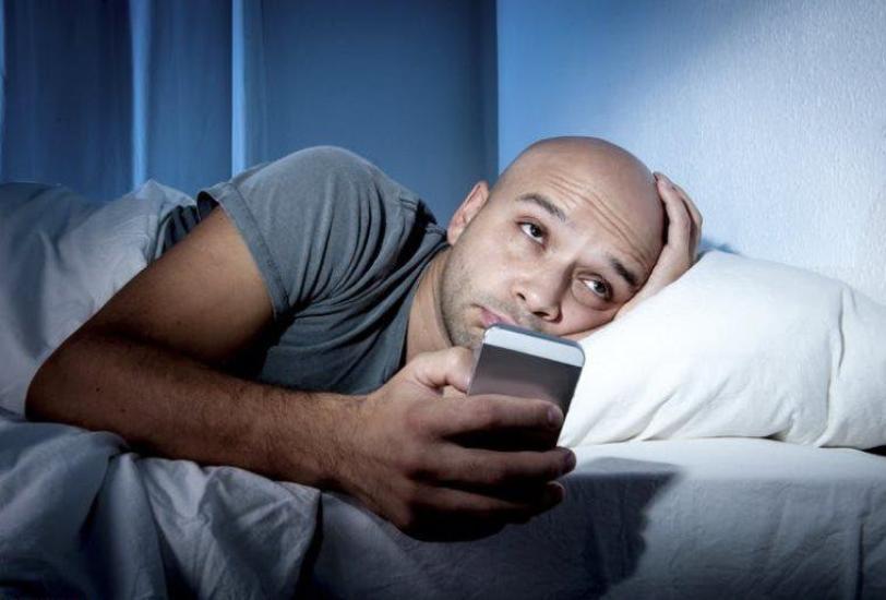چرا کم خوابی باعث افزایش ریسک بیماری های قلبی می شود؟