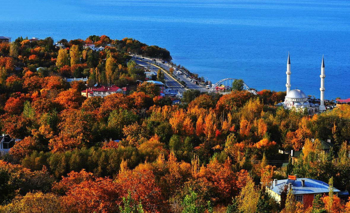 راهنمای سفر به وان ترکیه