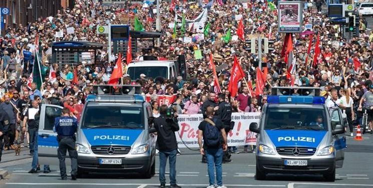هزاران نفر علیه راست گرایان در آلمان تظاهرات کردند