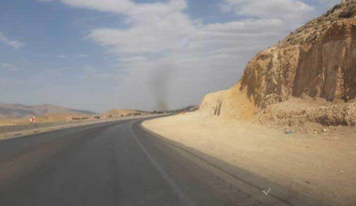 اینجا جاده مرگ است،بیخ گوش شیراز، تصاویر