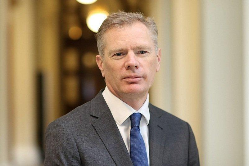 توئیت سفیر انگلیس درباره تلاش های کشورش برای کاهش تنش ها با ایران