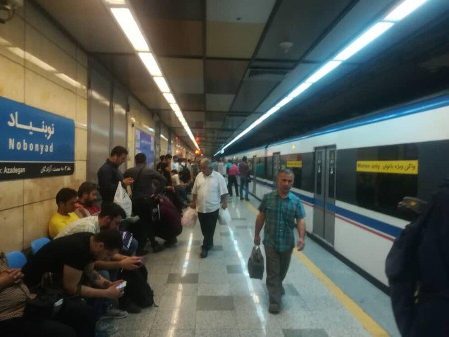 حریق حرکت قطارها در خط 3 مترو در ایستگاه نوبنیاد را متوقف کرد