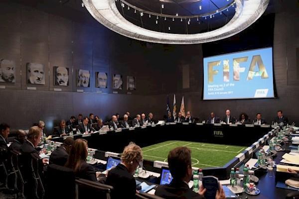 آیین نامه جدید فیفا، فرصت و تهدید