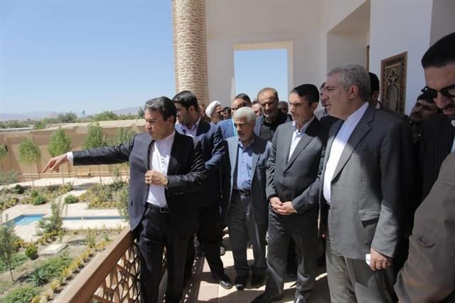 بازدید رئیس سازمان میراث فرهنگی از ارگ تاریخی میشیجان خمین