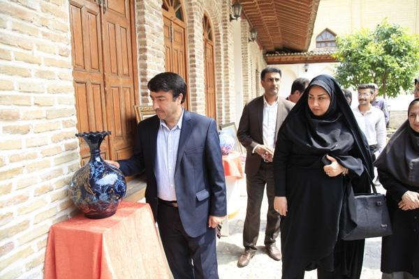 برپایی نمایشگاه موقت نگارگری و میناکاری روی سفال در ساختمان تاریخی امیرلطیفی گرگان