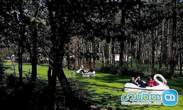 پارک جنگلی سراوان، سبزی جنگل بر تن دریاچه