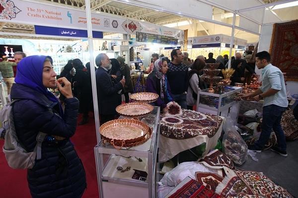 ارائه محصولات اصیل ایرانی، یکی از نقاط قوت نمایشگاه سی و یکم است