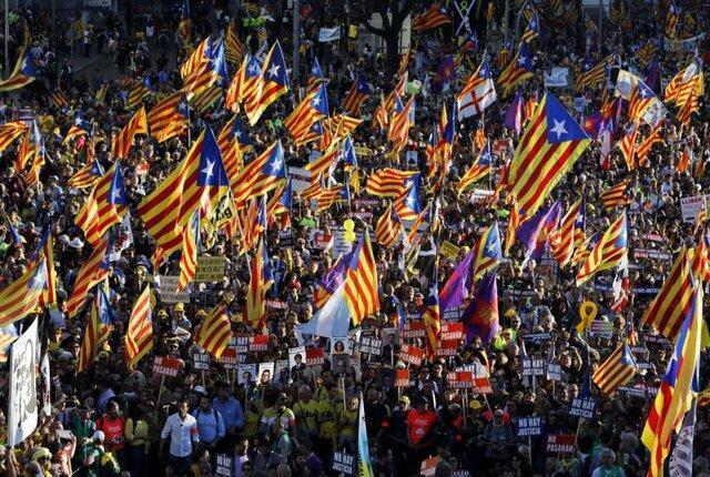 رهبر محبوس کاتالونیا: اسپانیا برای سر بریدن جنبش جدایی طلبی کوشش می نماید