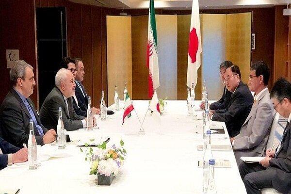 دلایل سفر ظریف به شرق؛ موازنه سازی در بستر تحریم