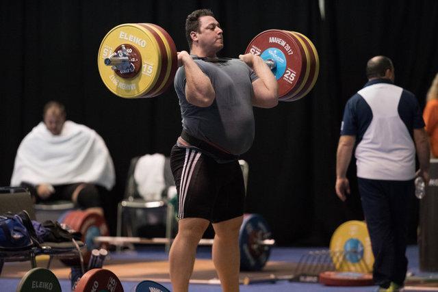 شوک به وزنه برداری ایران ، المپیک برای رستمی و علی حسینی از دست رفت؟
