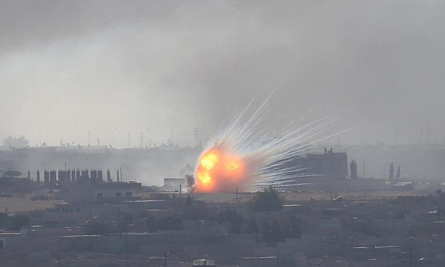 عکس روز: شهر زیر آتش