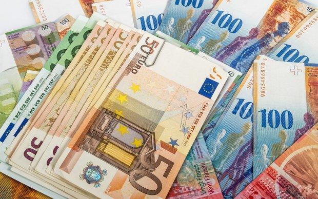 قیمت رسمی پوند کاهش یافت، افزایش نرخ یورو