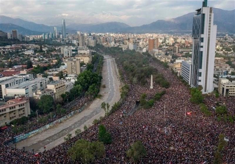 توافق دولت شیلی و احزاب مخالف برای اصلاح قانون اساسی با همه پرسی