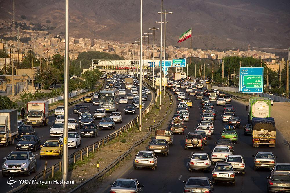 گره کور ترافیکی پل فردیس در قالب مثنوی هفتاد من، گاهی گذر مسئولان هم به البرز بیفتد بد نیست
