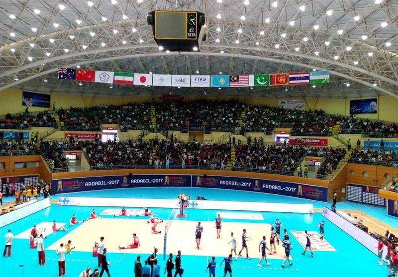 ایران ـ چین؛ فینال زودرس مسابقات امیدهای آسیا، استادیوم رضازاده مملو از تماشاگر شد