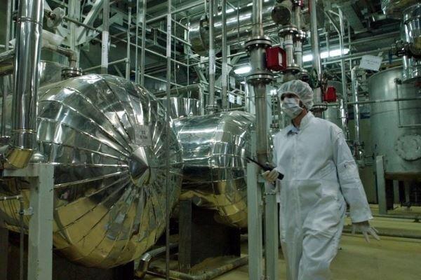 آمریکا باردیگر معافیت های همکاری هسته ای با ایران را تمدید می نماید