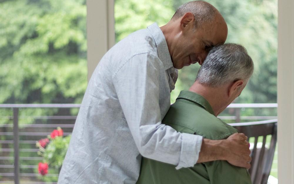 آسیب های ناشی از مراقبت سالمندان در منزل و فرسودگی شغلی در مراقبین سالمند
