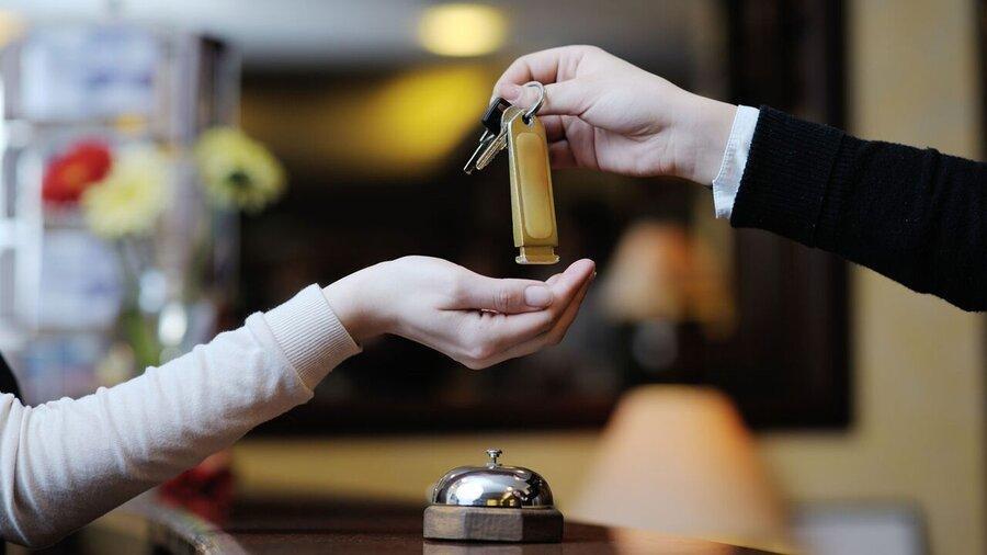 اقامت نوروزی در هتل چقدر خرج برمی دارد؟ ، هزینه اقامت در هتل؛ از 100 هزار تومان تا یک میلیون و 500 هزار تومان