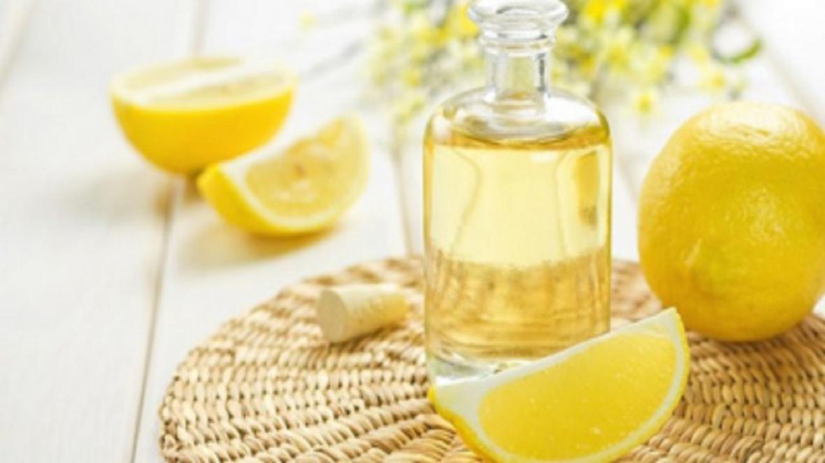 اگر یک تکه لیمو را کنار تخت خود قرار دهید چه خواهد شد؟