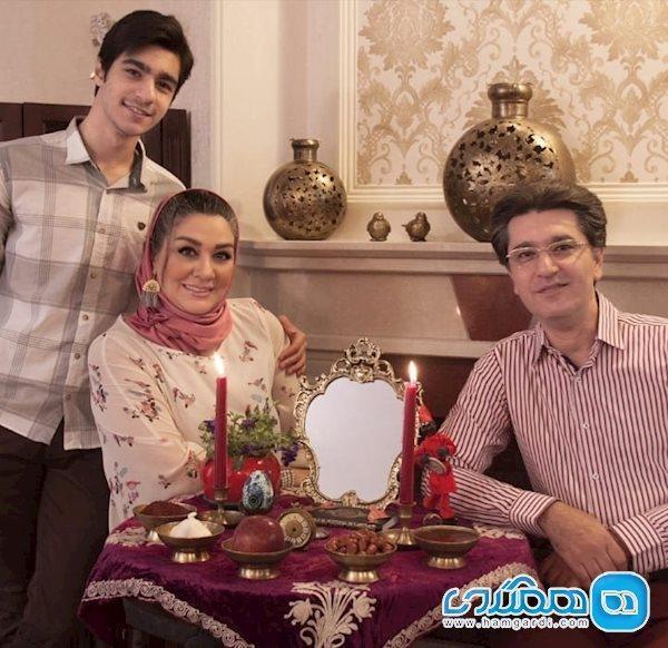 امیرحسین مدرس همراه همسرش در کنار سفره هفت سین