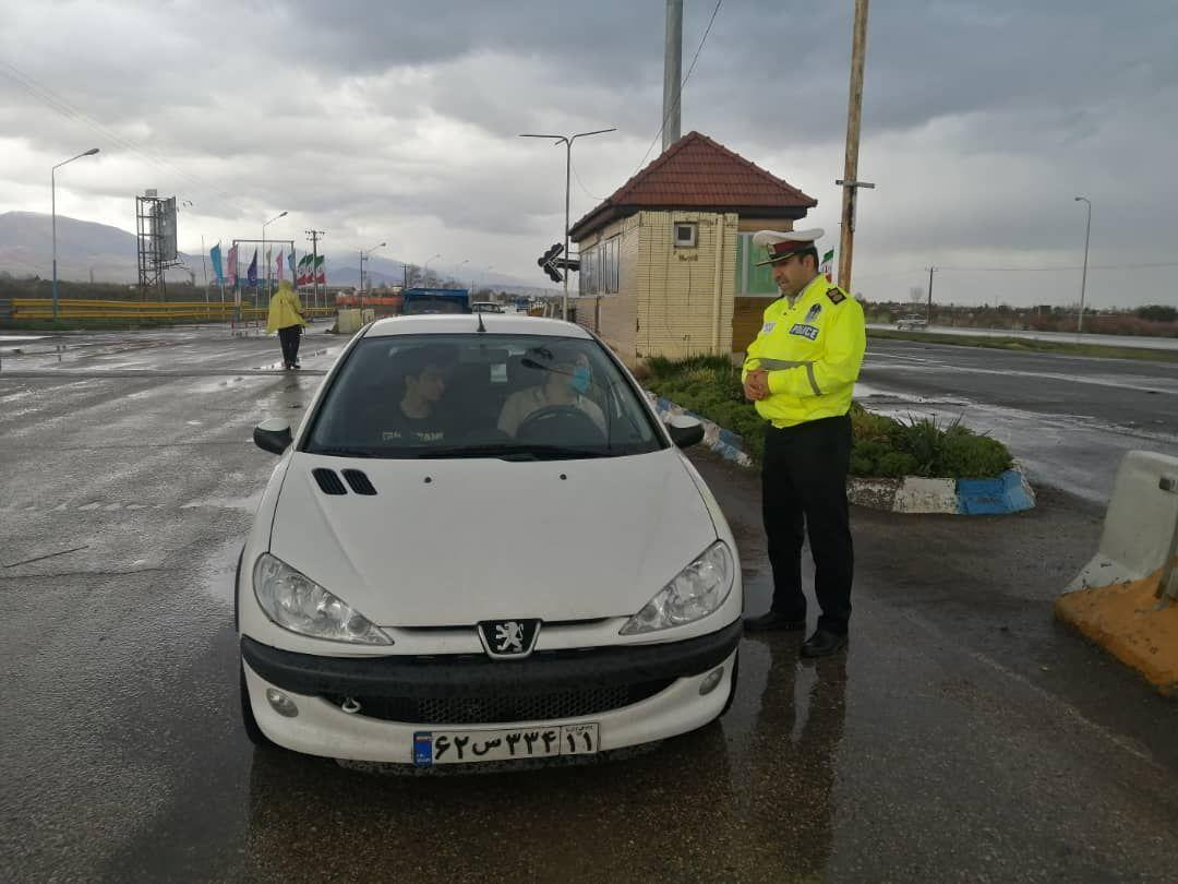 خبرنگاران 35 خودرو متخلف در جاده های نیشابور جریمه شد