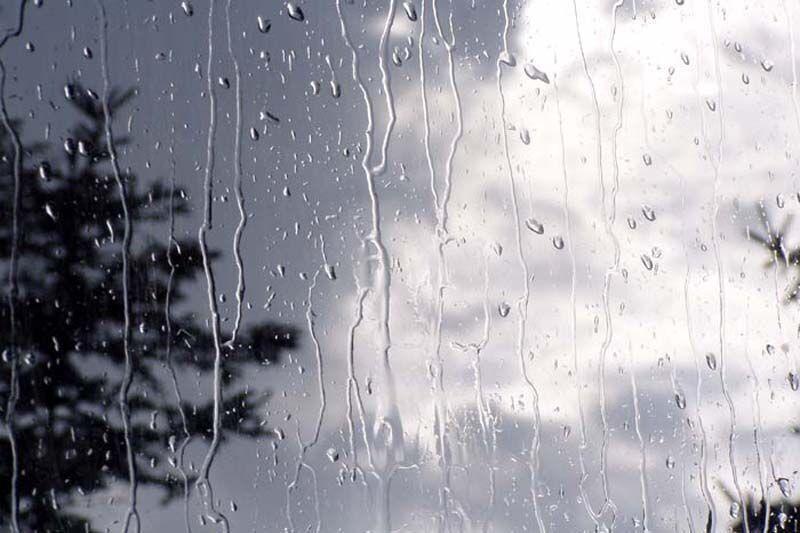 خبرنگاران آسمان بروجرد بارانی می شود