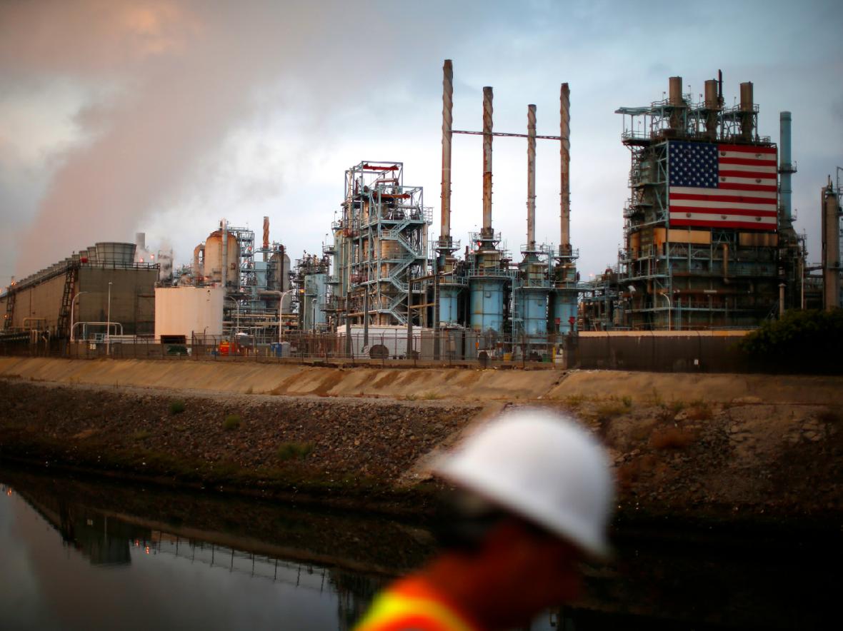 جهش 32 درصدی قیمت نفت آمریکا