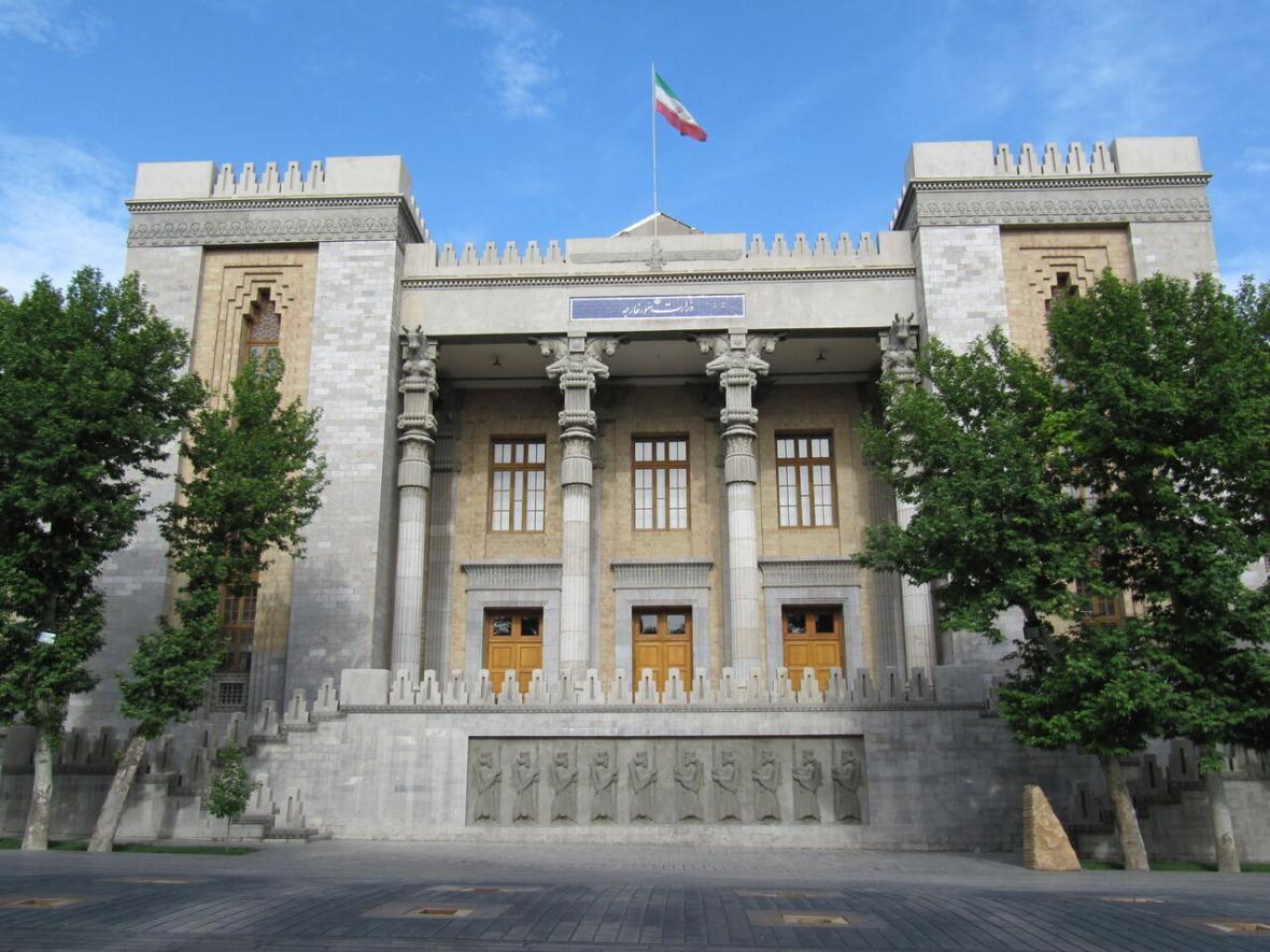 خبرنگاران هرگونه نقل قول از منابع یا مقام مطلع در وزارت امورخارجه نامعتبر است