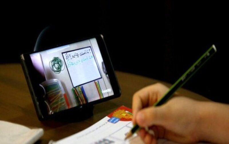 خبرنگاران چالش دانش آموزان 830 نقطه فارس در دسترسی به کلاس مجازی