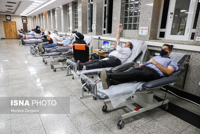 اهدای خون 830 اصفهانی در شب های قدر