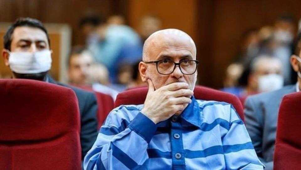 خبرنگاران سومین جلسه رسیدگی به اتهامات اکبر طبری برگزار گردید