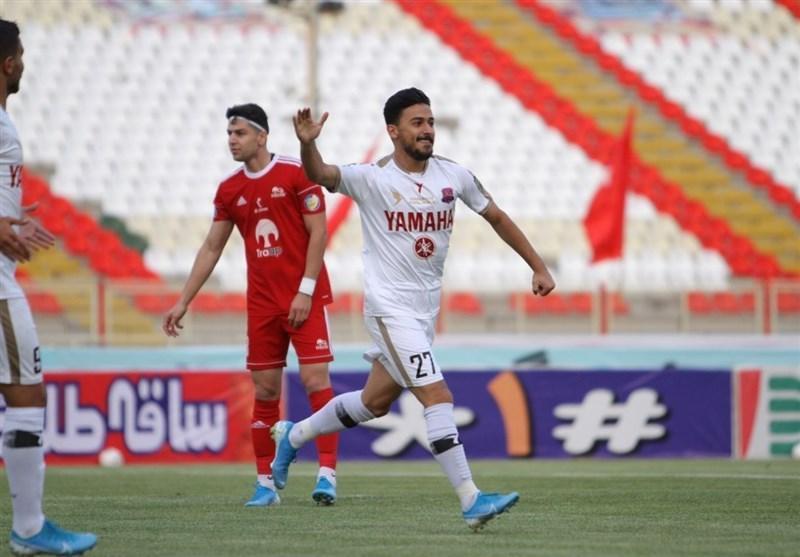 زامهران: بعضی تصور می نمایند 2 فوتبالیست به نام زامهران داریم، می توانستیم بیش از یک گل به تراکتور بزنیم