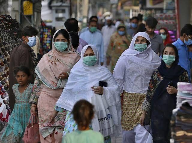 نگرانی از ابتلای 4 میلیون نفر به کرونا در پاکستان
