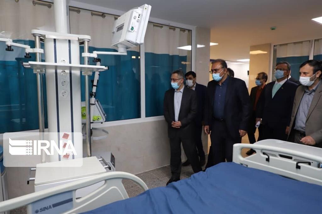 خبرنگاران وزارت بهداشت در پی خرید حدود چهار هزار دستگاه تنفس است