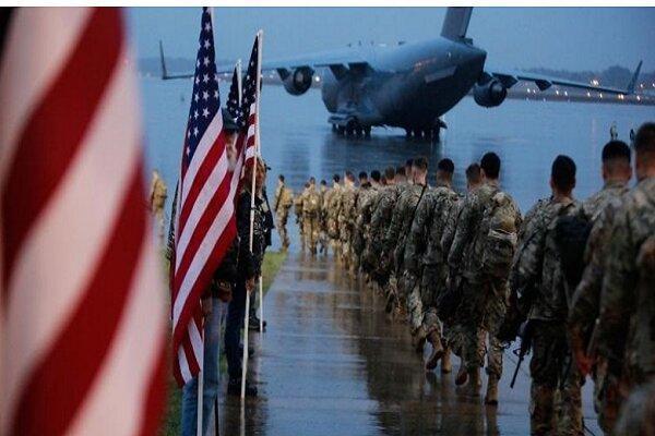 تروریست های آمریکایی یک پایگاه نظامی در عراق را ترک می کنند