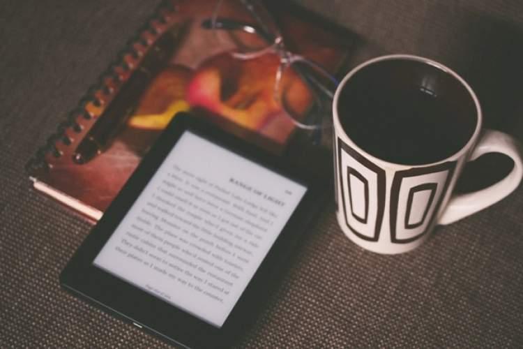 پیشنهاد بهترین برندهای کتاب خوان برای دانشجویان
