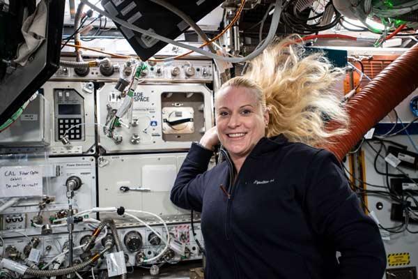 نخستین زنی که به ماه می رود کیست؟