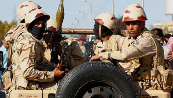 ترامپ ارتش مصر را به استفاده از حمایت های مالی آمریکا برای خرید سلاح های روسی متهم کرد