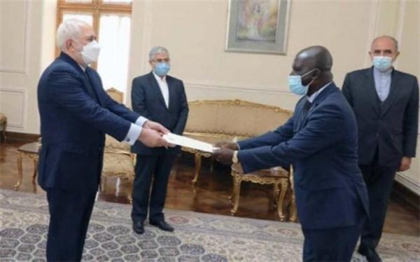 تسلیم استوارنامه سفیر غنا به وزیر امور خارجه