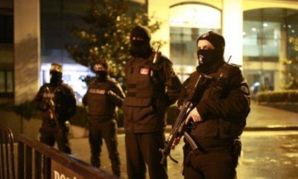 خبرنگاران پلیس ترکیه 34 تن مظنون به داعش را بازداشت کرد