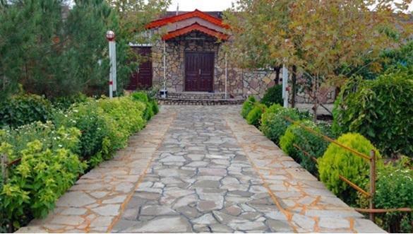 برای خرید باغ ویلا نزدیک تهران توجه به چه نکاتی لازم است؟