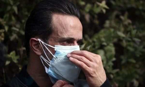 علی کریمی و دیگر همبازیان در بیمارستان ، همه نگران حال علی انصاریان