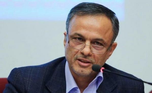 وزیر صمت: با عرضه خودرو در بورس مخالفم